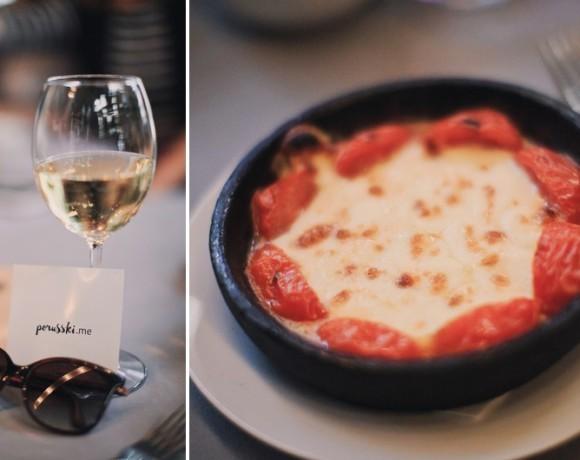 """Место есть: для любителей поболтать за бокалом вина. Обзор арт-кафе """"Март"""""""