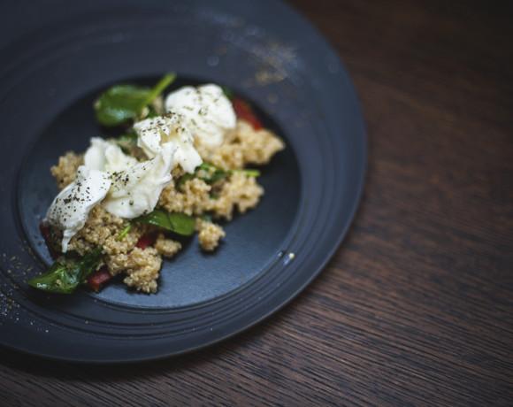 Кулинарные шедевры от шефа: салат с киноа