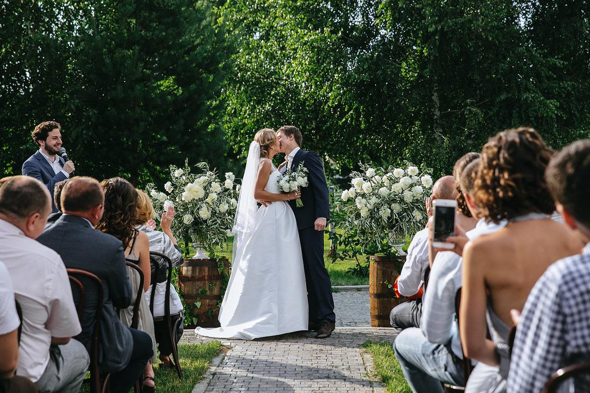 Проведение свадьбы дома: как организовать уютное и незабываемое торжество