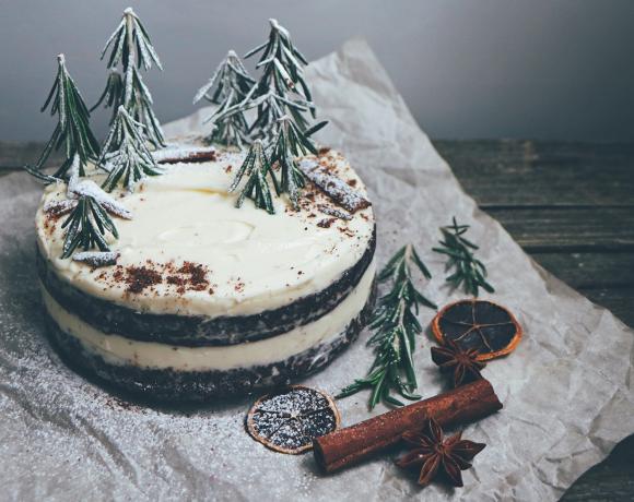 Рецепт: новогодний черемуховый торт