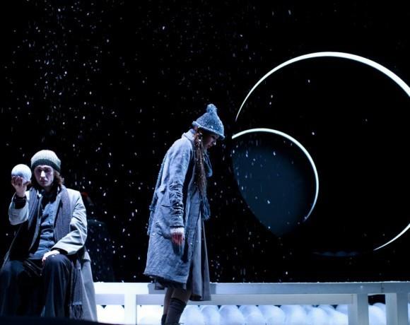 Театральный обзор: Спектакль «Почтигород» в Московском драматическом театре на Малой Бронной