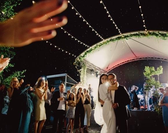 Ценные советы: как выбрать кавер-группу на свадьбу
