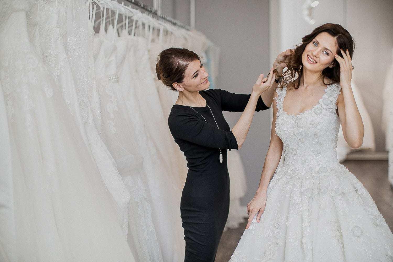 0523a57bf5e Идеальные свадебные платья и где они обитают  6 лучших салонов