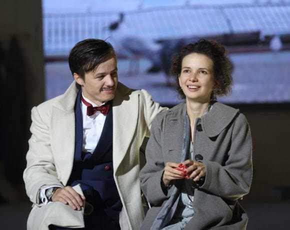 Театральный обзор: «БеЗприданница», театр «Школа драматического искусства»