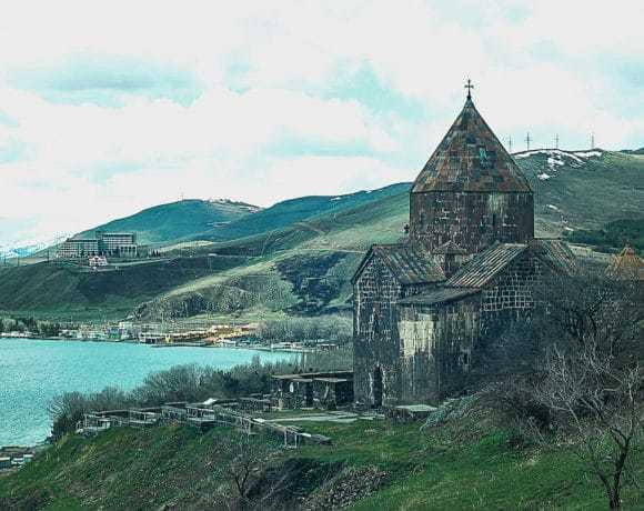 Армения: мудрость гор и совершенная природа