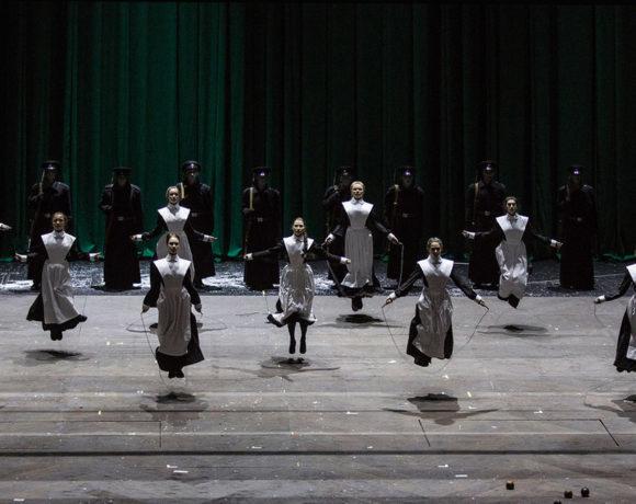 """Что привезут на """"Золотую маску"""" в Москву. 10 спектаклей, которые нужно увидеть"""