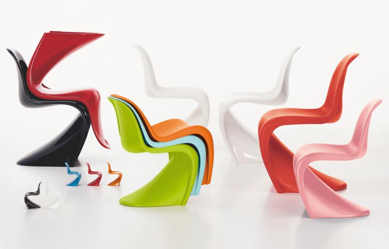 Panton Chair или S Chair – легендарная модель родом из 1960-х. Это нечто  большее 6027c990c3a95