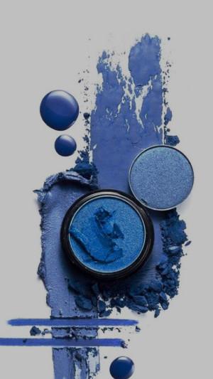 Цвет настроения – синий: новинки макияжа в коллекциях сезона осень'2018