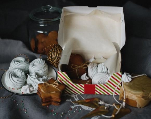 Для себя или в подарок: коробка с новогодними сладостями