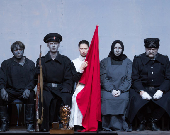 Черно-белый спектакль. «БДТ» едет в Москву
