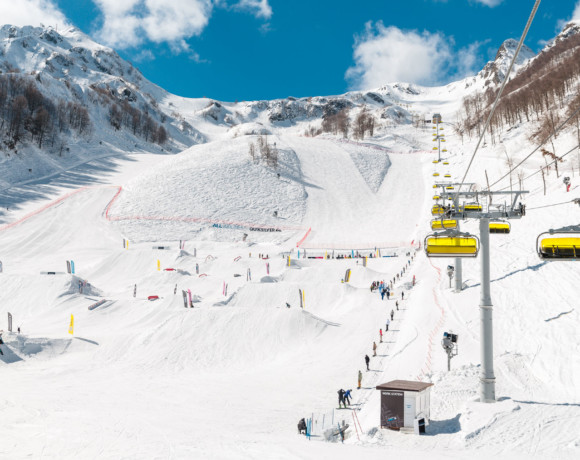 Вечное противостояние: сноуборд или лыжи?