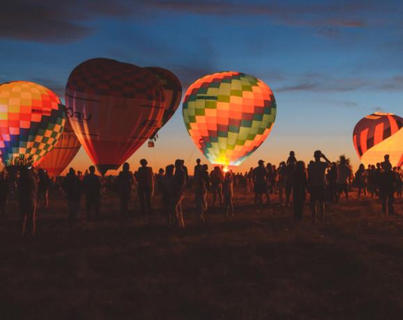 На большом воздушном шаре. Фестиваль воздухоплавателей