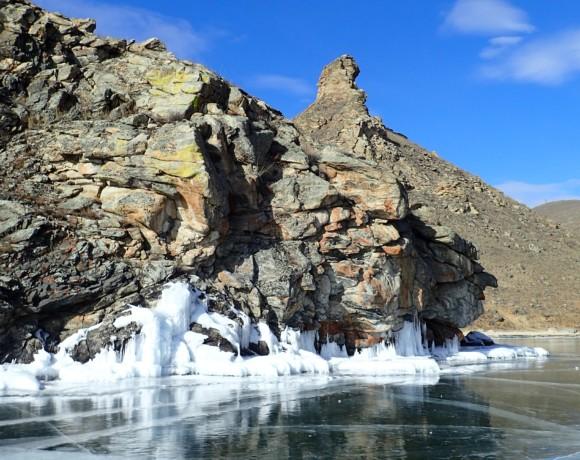10 вещей, которые обязательно нужно сделать на зимнем Байкале