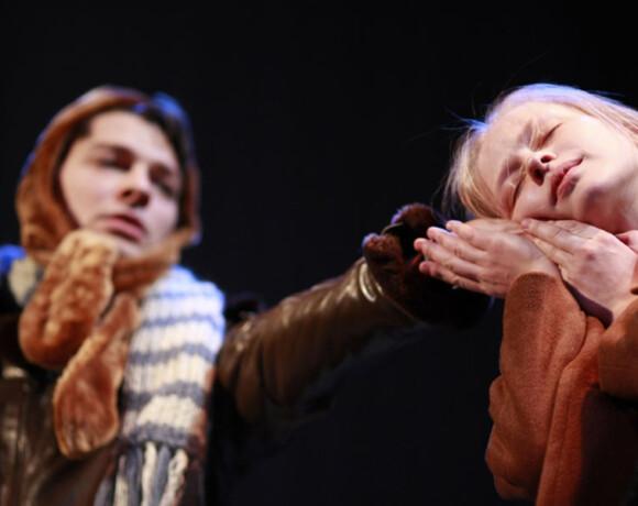 Скорая театральная помощь – приобщаемся к прекрасному, не выходя из дома