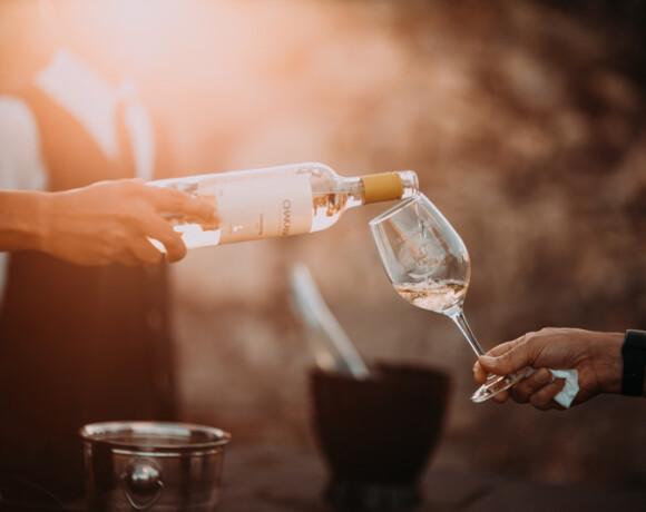 Винный вторник: 10 летних морских российских вин