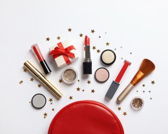 Обзор новогодних коллекций макияжа