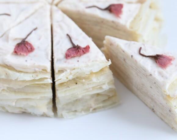 Блинный торт с сакурой
