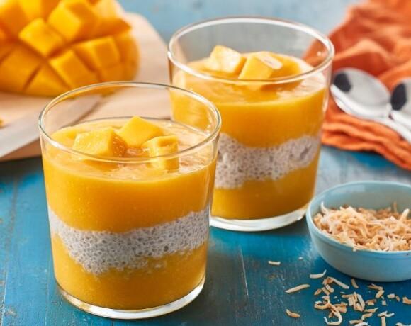 Десерт с кокосовым молоком и семенами чиа