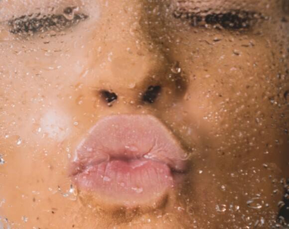 Стоит ли делать перманентный макияж губ летом?