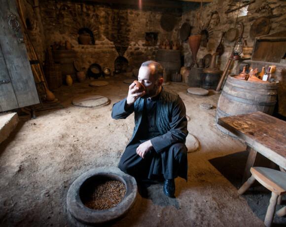 Винный вторник: монастырское вино