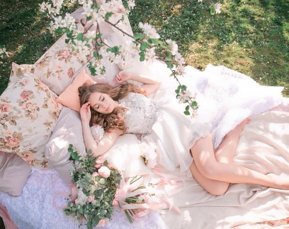 Идеальное утро невесты. Стилизованная весенняя съемка.