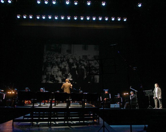 Театральный обзор: МХТ им. Чехова, специальный проект «Песни из кинофильмов»
