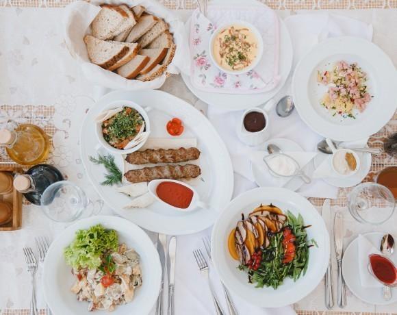 Место есть: дачная кухня в Санкт-Петербурге. Обзор ресторана DachA