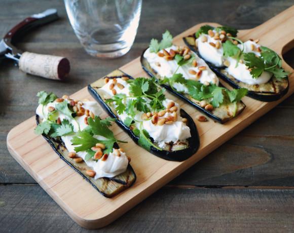 Рецепт: баклажаны с козьим сыром