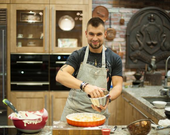 Кулинарные шедевры от шефа: шарлотка
