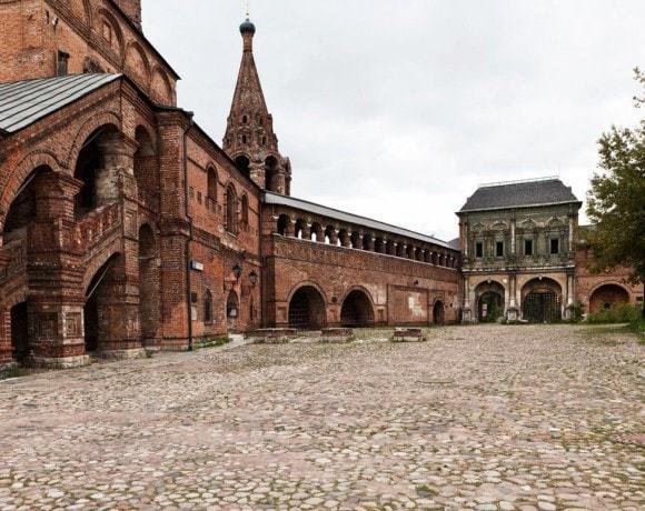 Вдохновиться Суздалем, не покидая Москвы. Архитектура