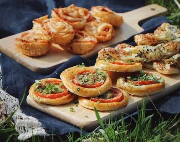 Быстрые закуски из слоеного теста для пикника и не только