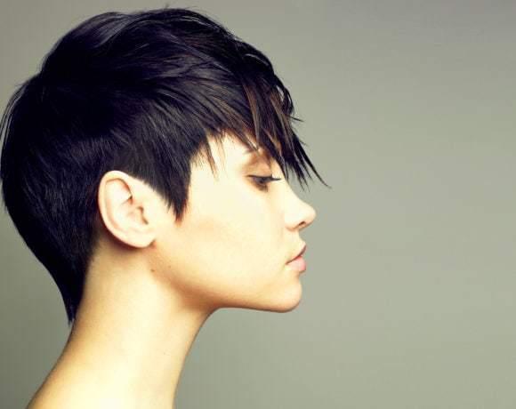 Коротко и ясно: актуальные короткие стрижки и укладки для тонких волос